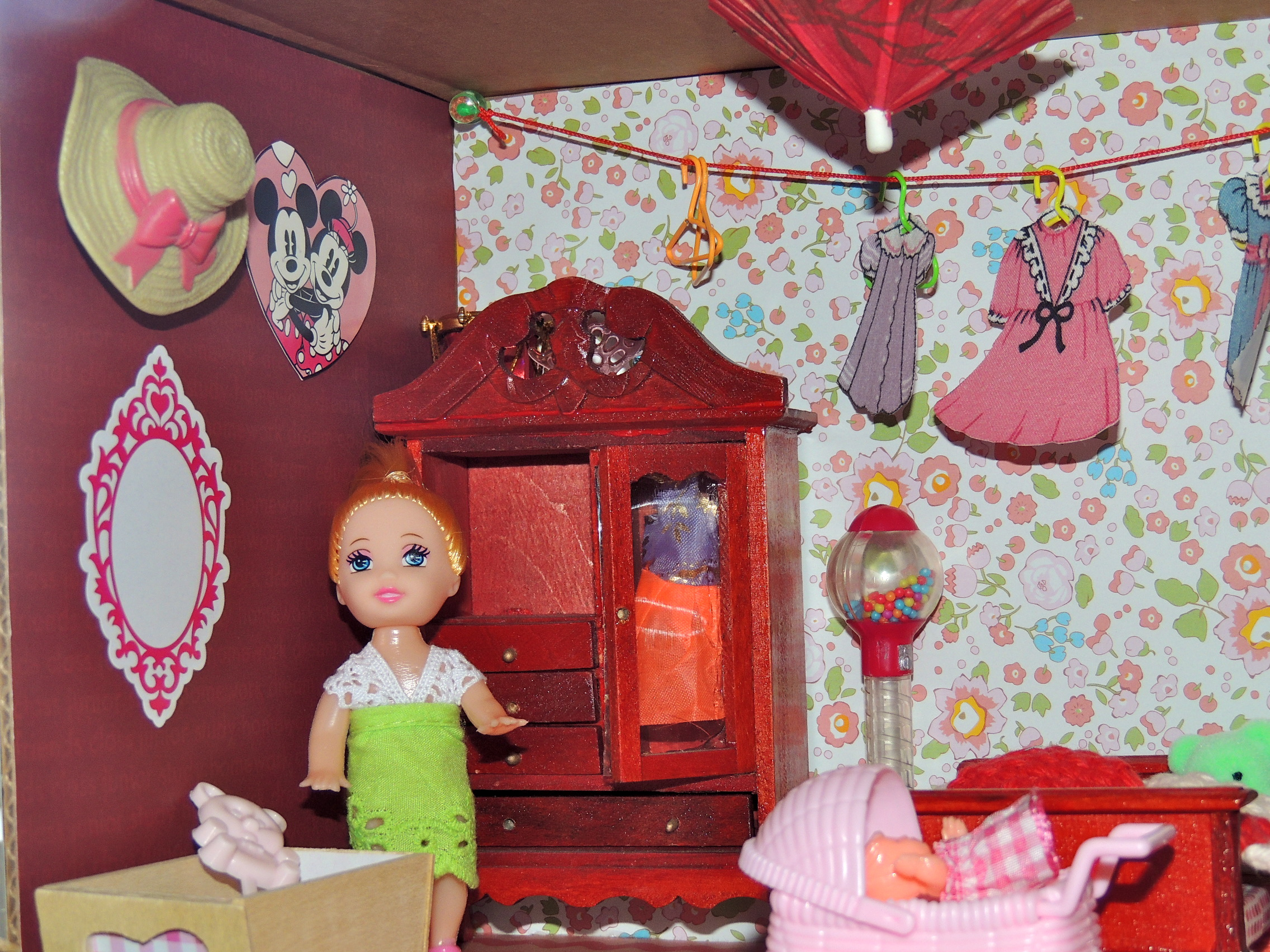 Scrapbook paper dollhouse wallpaper - I Used Scrapbook Paper And Wrapping Paper For The Wallpapers And Floors I Love The Little Hat That Was On Some Clearance Cupcakes At Our Grocery Store A